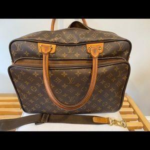 Authentic Louis Vuitton Monogram Icare Bag